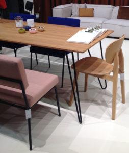 Table bois sans nappe au salon maison & objet