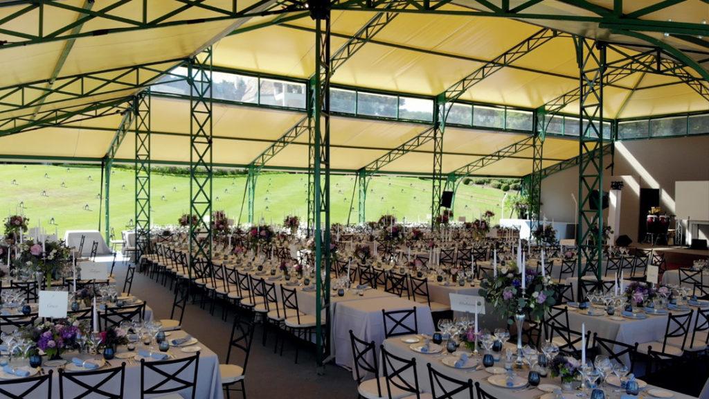 Salle de réception mariage au bord du lac